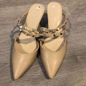 Nude pointed toe studded sandals
